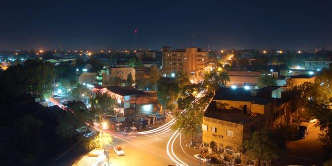Niamey_by_night